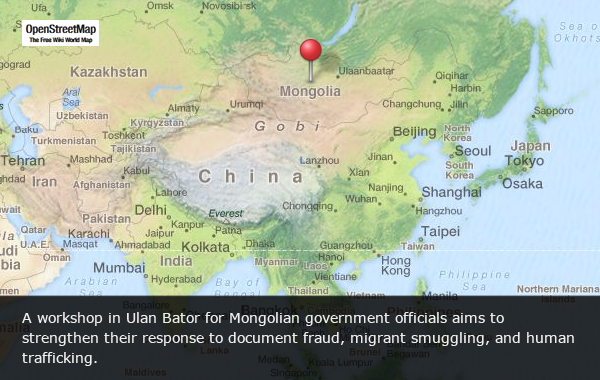 Training Mongolian officials on trafficking and smuggling