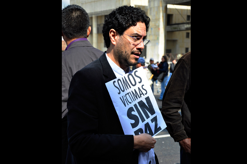 Iván Cepeda Castro, member of the Colombian House of Representatives from Bogotá. His father was a militant in the 1980s in the Patriotic Union political party, and was killed by military groups in 1994. © Democratic Culture Foundation (Fucude)