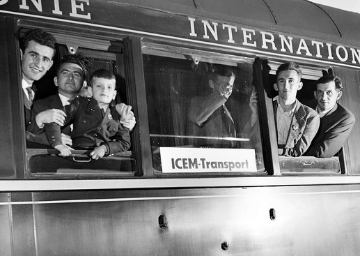 Hungarian refugees prepare to depart Osijek with assistance from ICEM. Photo © IOM 1957 – HYU0032