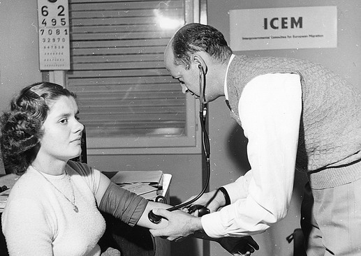 ICEM is responsible for the registration of refugees for emigration. It also arranges for the necessary document required by the receiving country, including medical examination, blood tests and X-rays. Photo © IOM 1957 – HYU0020