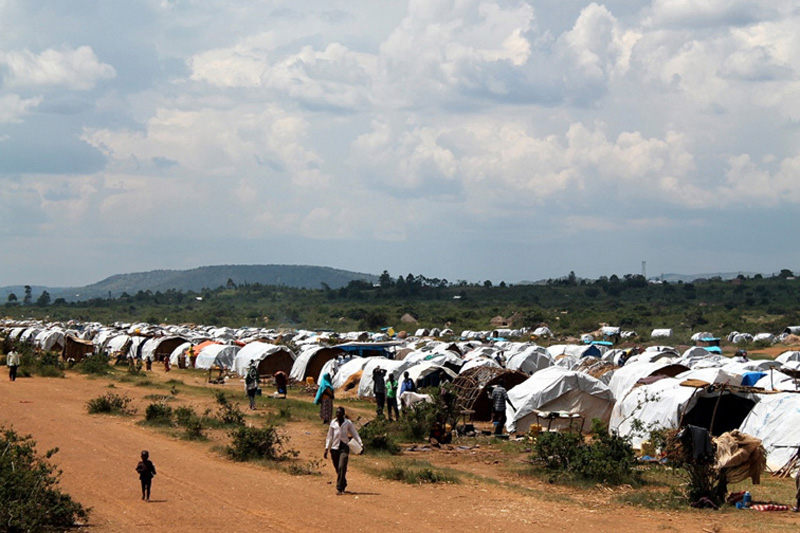 IOM gives hygiene, sanitation, food, shelter and medical assistance to 4,600 expelled migrants from Tanzania. © IOM 2014