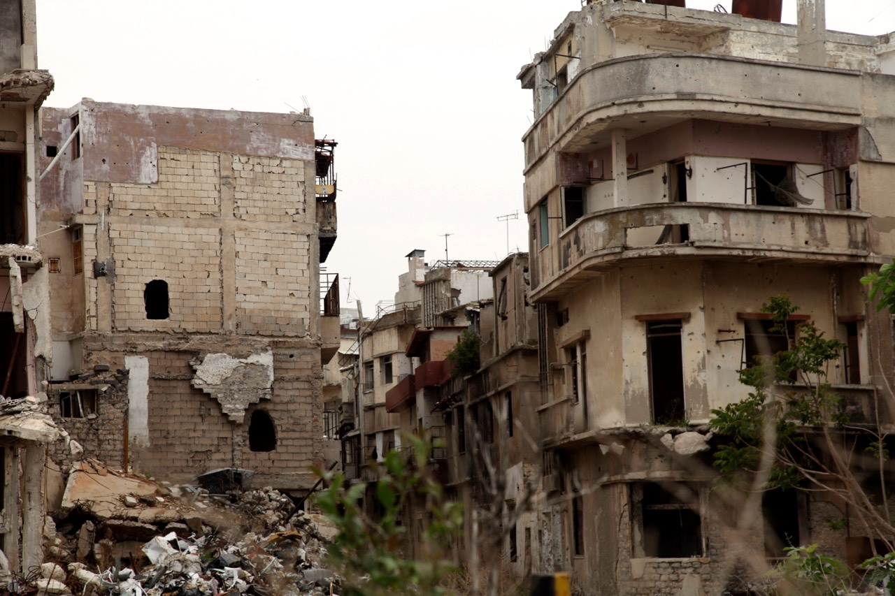 Damaged houses in the governorate of Homs as a result of armed clashes. Photo: IOM/Batoul Ibrahim 2016
