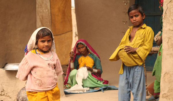 IOM's early recovery shelter program has assisted families in resuming daily life activities. © IOM 2012