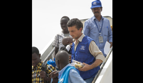 IOM completes on 6 June a 24-day IOM airbridge of 79 flights carrying 11,840 stranded South Sudanese from the Sudanese capital Khartoum to Juba in South Sudan. © IOM 2012 (Photo by Jasper Llanderal)