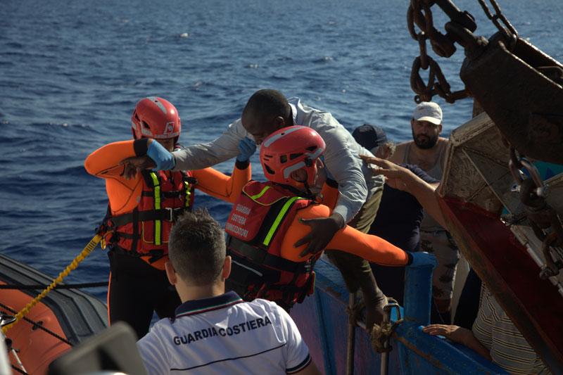 Mediterranean Migrant Arrivals Reach 120,137 in 2017; 2,410 Deaths