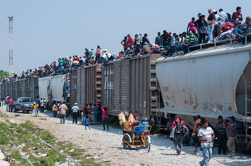 Les décès de migrants restent nombreux malgré la forte baisse du nombre de passages à la frontière entre les Etats-Unis et le Mexique en 2017 | Organisation internationale pour les migrations