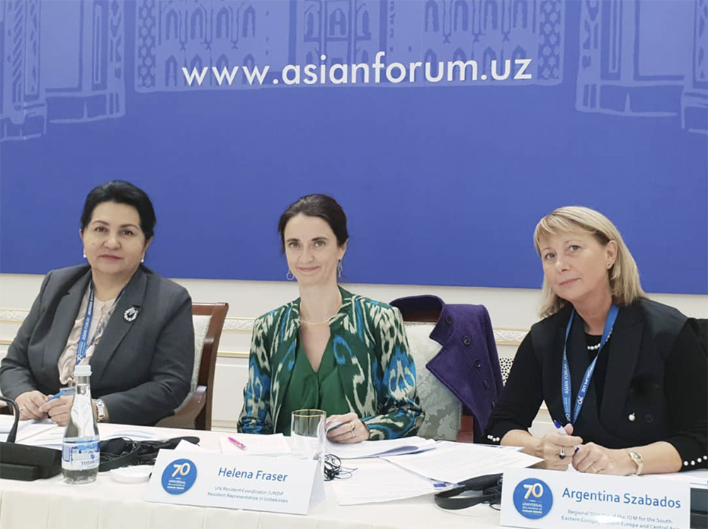 """Migrants' Rights are Human Rights"""" IOM Regional Director"""