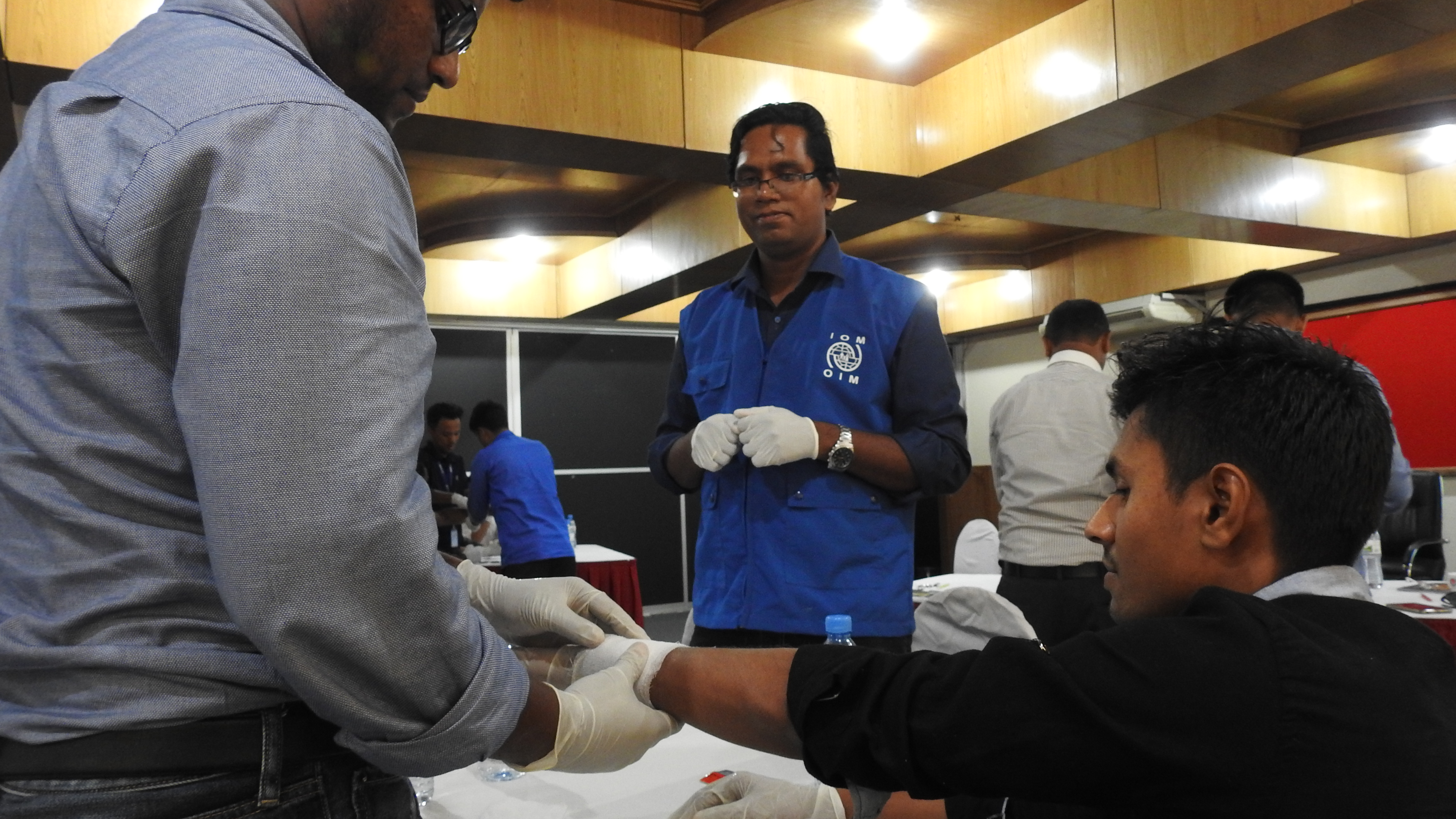IOM Rolls Out First Aid Training for Rohingya Refugees, But