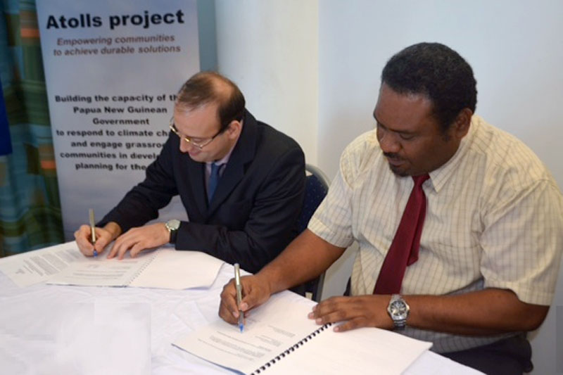 La papouasie nouvelle guin e et l 39 oim signent un pacte sur - Office des migrations internationales ...