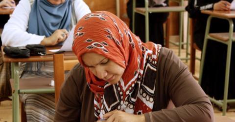 Participantes en el curso de seis meses destinado a expertos libios en atención de salud, educación y apoyo social sobre cómo afrontar las reacciones psicológicas después del conflicto acaecido en Libia en 2011. El curso estuvo organizado por la OIM, en colaboración con la Universidad de Trípoli. © OIM 2013