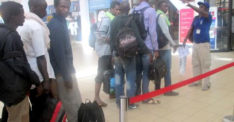 IOM helps 19 Senegalese migrants from Niger, transiting through Burkina Faso. © IOM 2016