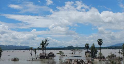 The area surrounding Sidoktaya town in Sagaing region covered by flood water (13 Aug 2015). © IOM 2015