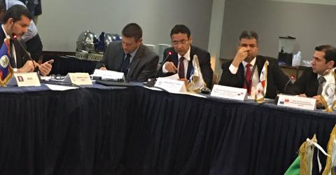 Marcelo Pisani (centre), IOM Regional Director for Central America, North America, and the Caribbean speaking at the OCAM meeting in Panama.