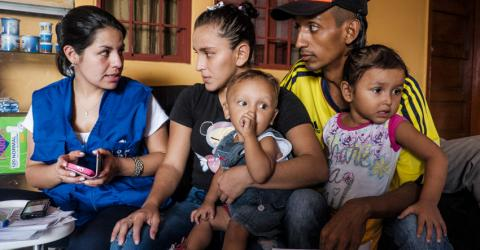 IOM has helped more than 3,000 returnees to travel by land to other Colombian cities where their family members or friends can help them rebuild their lives. ©IOM/Rommel Rojas Rubio 2015