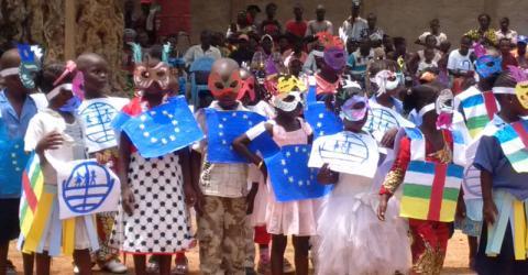 The community celebrates the handover of the Castor youth centre. Photo: IOM