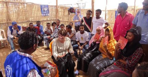 Minister Ploumen meets Eritrean refugees in Hitsase camp. Photo: IOM