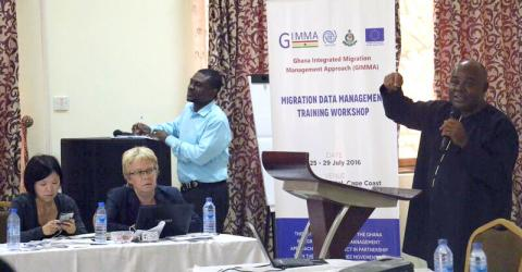 IOM Ghana, in partnership with the Free Movement of Persons and Migration (FMM) in West Africa project, hosted a training workshop on migration data collection and management from 25-29 July, 2016 on the Cape Coast.Delegates highlight the need for improved migration data. Photo: IOM