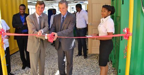 Brazilian Ambassador to Haiti Fernando Vidal formally opens the Brazil Humanitarian Visa Application Centre. © IOM 2015