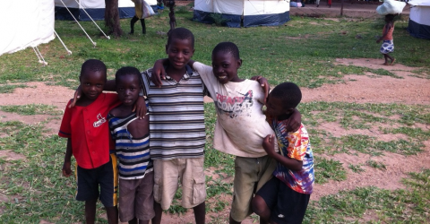 Children at one of the 192 displacement sites in southern Malawi - © IOM/2015