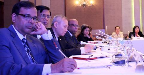 Delegados del Proceso de Colombo reconocen la necesidad de una mejor investigación sobre el mercado laboral. Foto: OIM 2016
