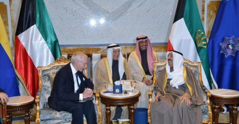 IOM DG William Lacy Swing with the Amir of Kuwait, His Highness Sheikh Sabah Al Ahmad Al Jaber Al Sabah. Photo: IOM