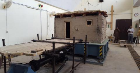 The shake table tests the resilience of buildings to earthquakes. Photo: IOM