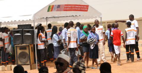 Community members take part in an earlier border emergency simulation. Photo: IOM