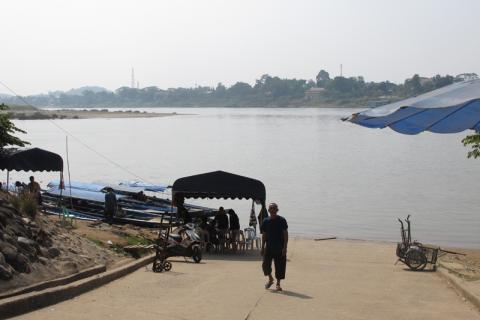 The old border crossing between Laos (Bokeo province) and Thailand (Chiang Rai province). © IOM 2014