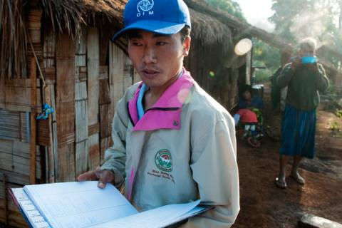 Trained in the community: Health worker Yagipo on the way to work at an IOM health post in remote Mae Hong Son Province. IOM/ Thierry Falise 2010