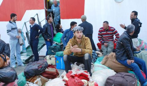 IOM-chartered Habib arrives in Alexandria from Sfax with 1,450 Egyptian migrant workers on 4 March. © IOM 2011 (Photo: Ahmed Mleeg)