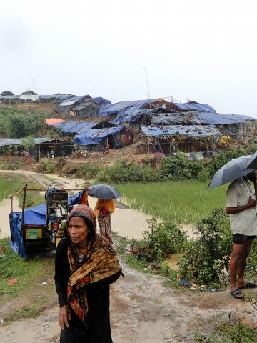 Monsoon rains and strong winds have added to the struggle of Rohingya in Bangladesh. Fleeing violence in Myanmar's North Rakhine State, thousands are sleeping out in the open with little or no shelter. IOM is giving people tarpaulins, ropes and bamboo to build shelters.