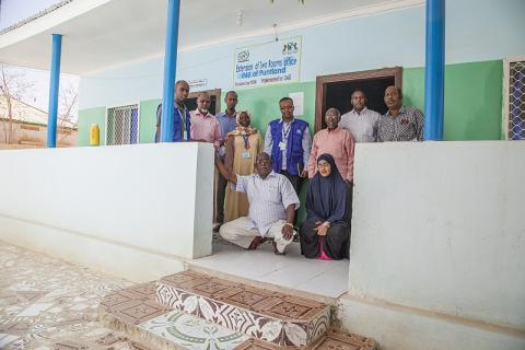 MIDA Somalia participant Osman M. Ali (second from the right in a white shirt) says that he joined IOM's MIDA programme to enable him make a lasting contribution to Somalia's reconstruction, by upgrading the necessary accounting, auditing and other Public Financial Management (PFM) skills for public sector employees. © IOM/Mary-Sanyu Osire 2015
