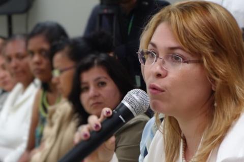 Paola Zepeda, Oficial a Cargo de OIM Nicaragua y Coordinadora Regional de OIM para el proyecto, durante la visita a instalaciones de Ciudad Mujer.