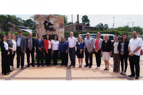 La reunión fue complementada por una visita de campo, a las instalaciones de Ciudad Mujer San Martín, que permitió conocer avances de acciones claves implementadas en El Salvador.