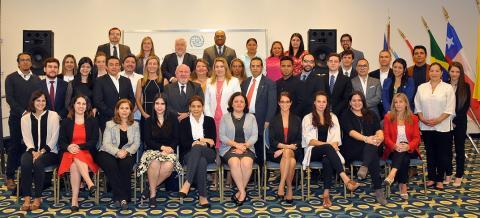 Participantes de la 39° edición del Curso Inter-americano sobre Migración Internacional en Mar del Plata, Argentina. Foto: OIM.