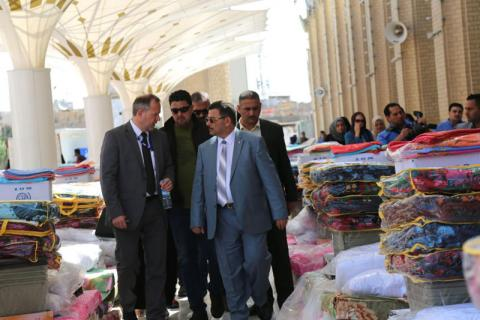 IOM Iraq Chief of Mission Thomas Weiss (left) and the Deputy Minister of Migration and Displacement Salam Al-Khafaji attend an IOM NFI kits distribution and discuss the displacement crisis in Iraq. ©IOM 2015