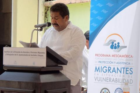 Mexico's Under-Secretary for Assistance to Migrants of Secretariat for Development of the Southern Border and Liaison for International Cooperation (SPDFSyECI by its Spanish acronym) Victor Moguel speaks at the opening of the Assistance Office for Migrants and Refugees in the Chiapas municipality of Suchiate. © IOM 2015