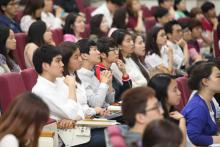 Korean students have become more interested in international organizations since UN Secretary General Ban Ki-moon, World Bank President Jim Yong Kim, and World Bank Director Jaehyang So have become role models. Photo by Unrecruit.mofa.go.kr