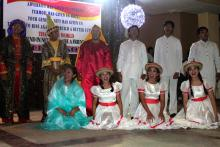 Leyte Dance Theater shares a Christmas presentation for the community. © IOM 2013 (Photo by Amy Rhoades)
