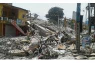 Barrios enteros en la costa del Pacífico de Ecuador fueron destruidos por el terremoto de magnitud 7,8.