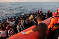 Italian Coast Guard rescues migrants and refugees bound for Italy (File photo). © IOM/Francesco Malavolta