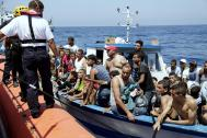 The Italian Coast Guard rescues migrants bound for Italy. File photo: Francesco Malavolta/IOM 2014