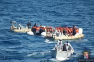 Italian Navy rescuing stranded migrants earlier this week. © Italian Navy