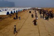 Displaced Iraqis at the Al-Qayara emergency site. Photo: IOM