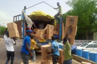 IOM distributes non-food items to internally displaced persons (IDPs)  in Bama town, Nigeria. Photo: IOM 2016