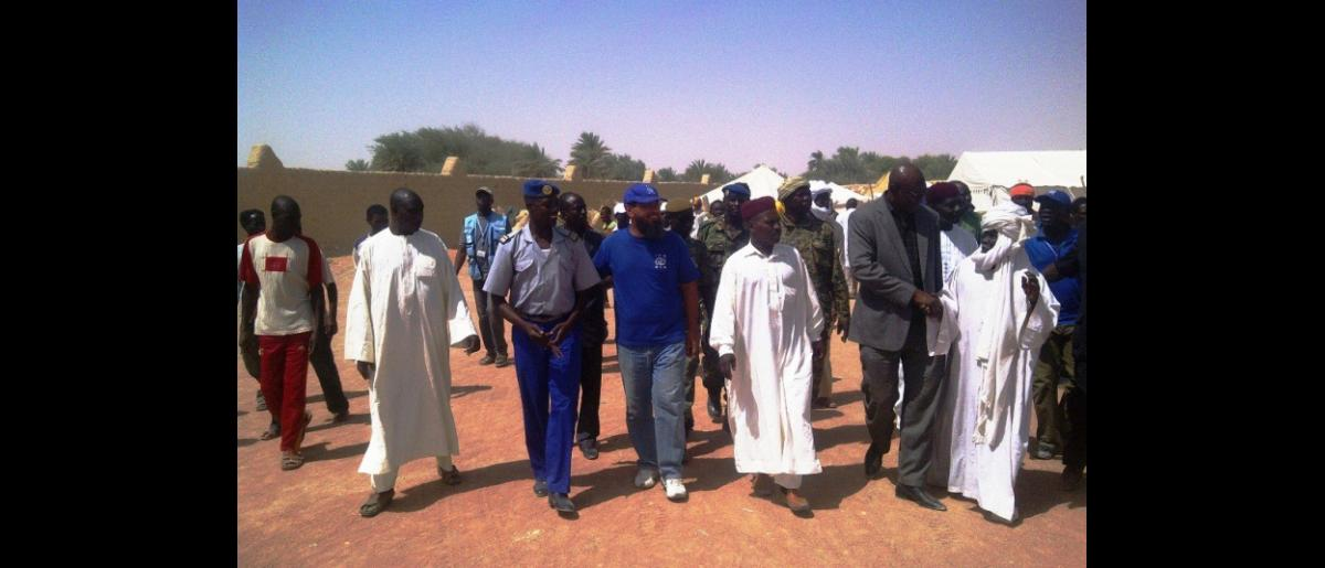 Local Authorities and IOM receiving the Migrants at Faya (Northern Chad)