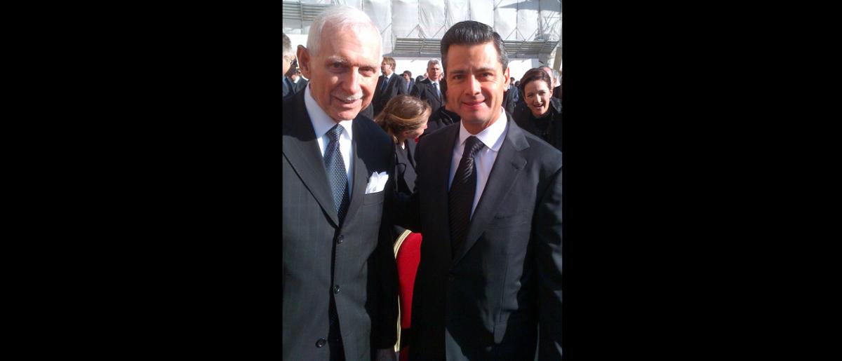 IOM Director General William Lacy Swing with President Enrique Peña Nieto of Mexico. © J-A Oropeza 2013