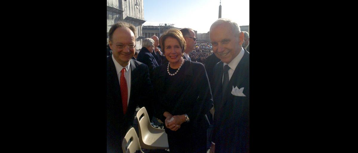 From left: Chair Georgetown University President John J. DeGioia, US Speaker of the House Nancy Patricia D'Alesandro Pelosi and IOM Director General William Lacy Swing. © J-A Oropeza 2013
