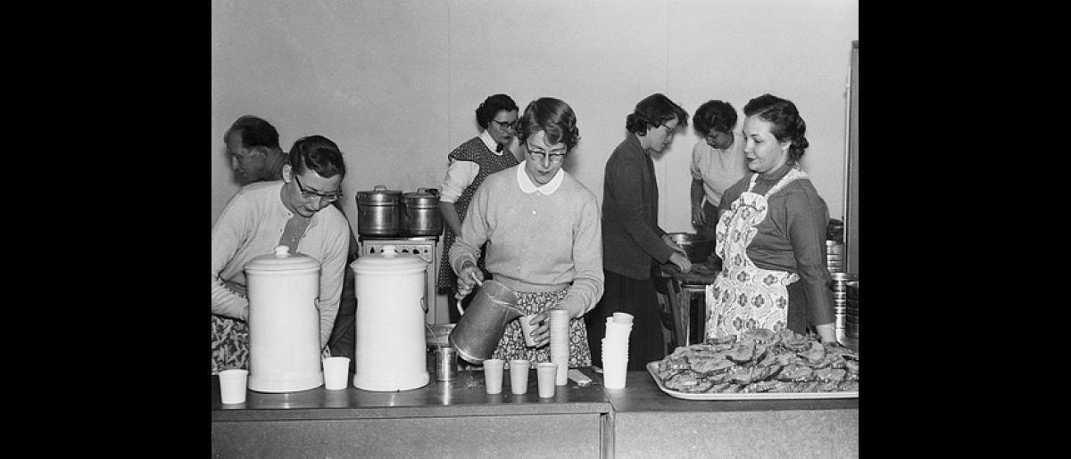 The dining room at Klingerbach camp, Austria. Photo © IOM 1956 – HAT0325