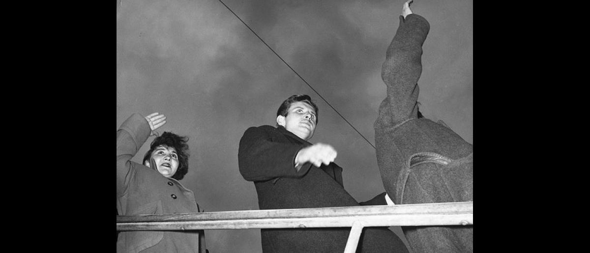 Three Hungarian refugees disembark from the Avianca plane at Techo Aiport, Bogota. Photo © IOM 1957 – HCO0006